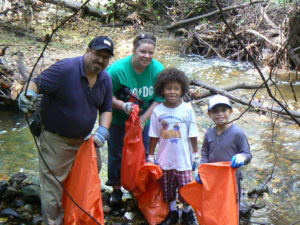 Family litter pick up on Sligo Creek Park